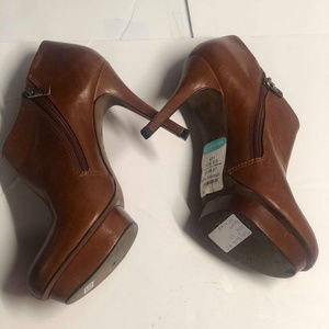 Tory Burch Brown Leather Heel Ankle Boots Size 9.5